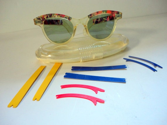 Vintage Cat Eye Sunglasses with Interchangeable Color Frames 1950s Willsonite
