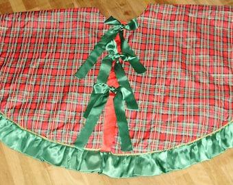 Scottish Plaid Christmas Tree Skirt, Plaid Taffeta Tree Skirt, Tartan Plaid Tree Skirt, Red Plaid Tree