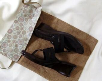 Caramel Drawstring Shoe Bag, Reverisble Drawstring Shoe Bag, Travel Shoe Bag, Vacation Shoe Bag, Caramel, Circles, Light Green