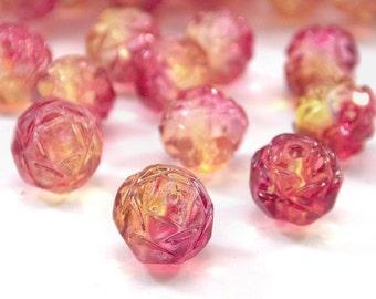 Czech Glass Bead Fuchsia Lemon 7x8mm Rosebud : 12 Czech Fuschia Rosebud Beads
