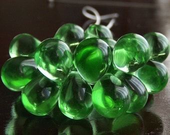Spring Green Czech Glass Teardrop Bead 10x14mm Extra Large  : 12 pc