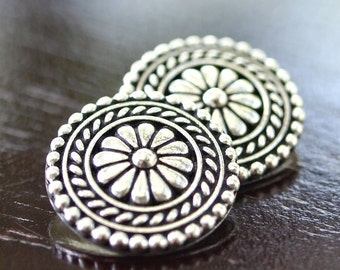 Antique Silver TierraCast Pewter 18mm Bali Button : 2 pc