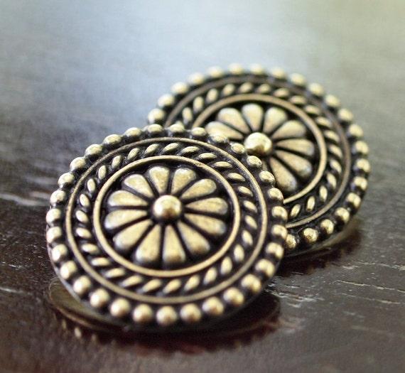 Antique Brass OX TierraCast Pewter 18mm Bali Button : 2 pc Tierra Cast Button