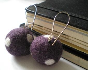 Candy Needle Felted Earrings - Felt jewelry - Felt balls - Textil jewelry