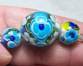 Blue Flower Paperweight Set