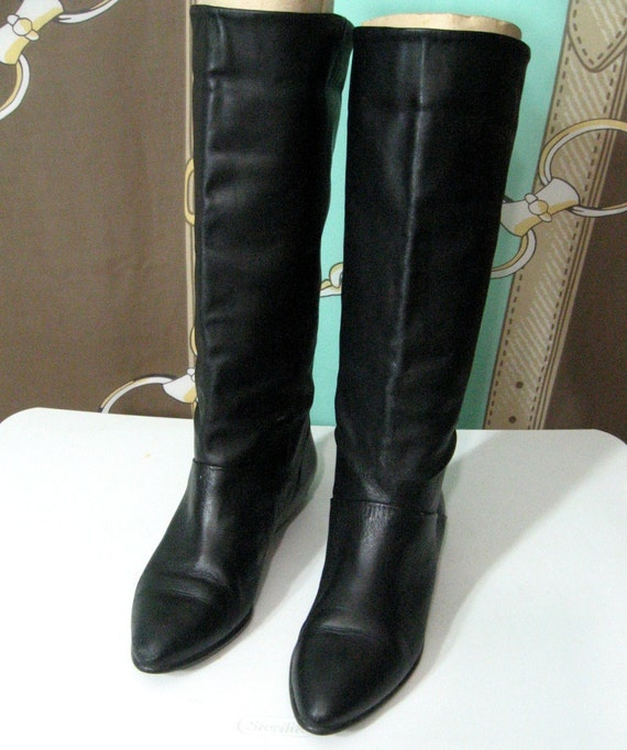 Vintage 80s Boots/ Tall Black Leather/ Flat Heels Sz 7
