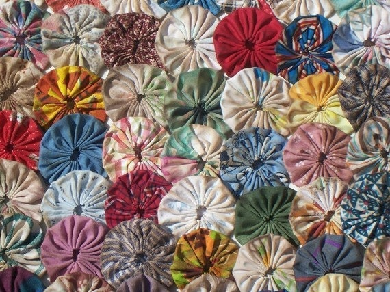 Dyeing Fabric With Flowers Primitive Fabric Flowers Yoyo