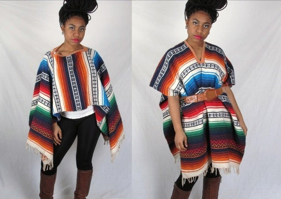 vintage 70s AmAZiNg MexICaN eTHnIC NaVaJo BlUe WoOl BlAnKeT PoNcHo sWeATeR ShAwL CaPe sm med lg