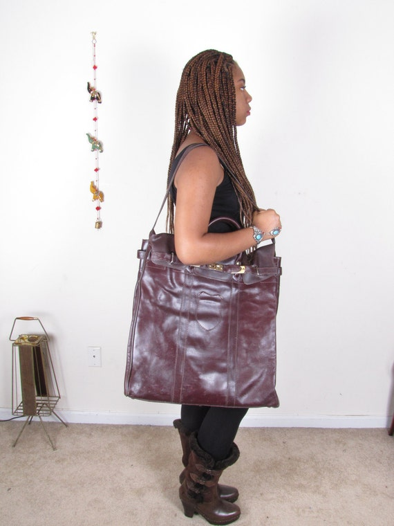Vintage 70s Huge Oversized Leather Carry-On Cross Body Purse Bag