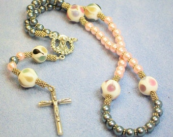 Pink and Gray Rosary (714)