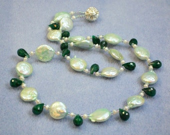 Emerald and Pearl Necklace (788)