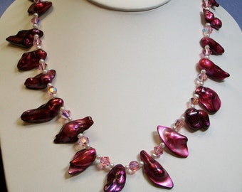 Pearl and  Crystal Necklace (639)