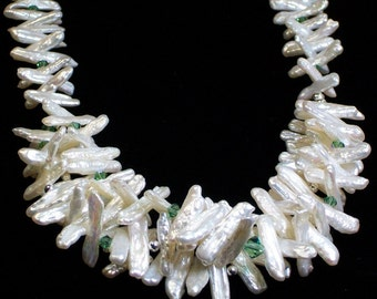 Biwa Pearl and Crystal Necklace (643)