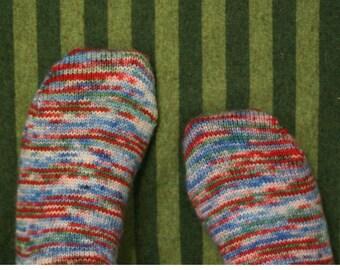 Plain and Perfect Socks - PDF knitting pattern