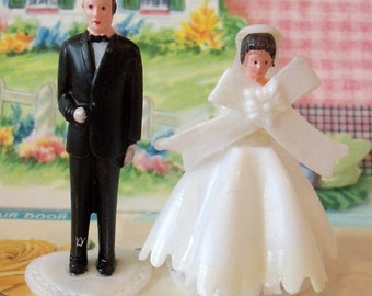 DIY / Vintage / Wedding Cupcake Toppers / Miniature Bride and Groom / Set of Two / Pedestal Included