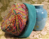 Bright Paisley Thick Knit Reversible Hat