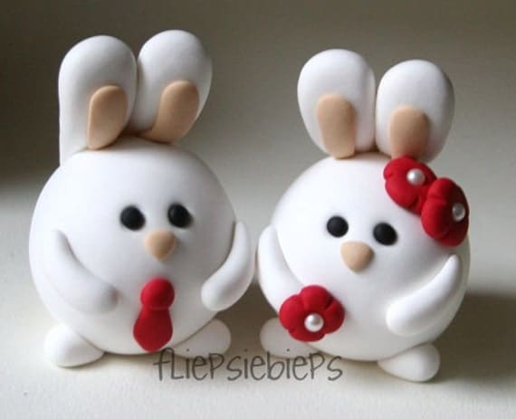 Custom Round Wedding Bunnies Cake Topper