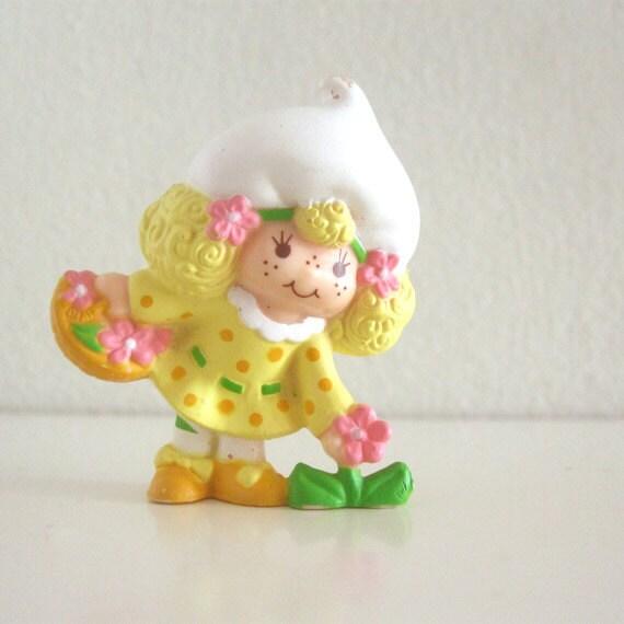 Vintage Strawberry Shortcake Lemon Meringue figurine