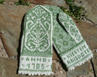 Kiesten Larisdoter mitten PATTERN offered in English AND Norwegian