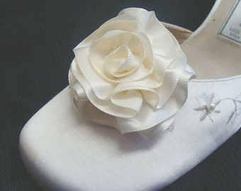 Bridal Rose Shoe Clips