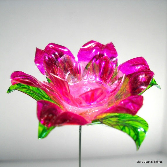 Water Bottle Flowers: Upcycled Pink Fantasy Flower Made Of Plastic Water Bottles