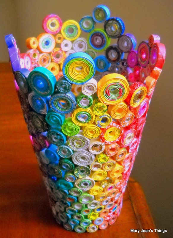 Upcycled rainbow vase sculpture made from magazines candy for Rolled magazine paper crafts