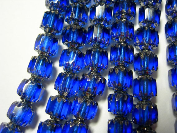 25 6mm Cobalt Blue/Silver Cathedral Czech Glass beads