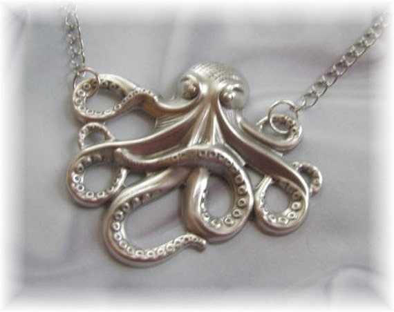 Silver Octopus Pendant Chain Necklace