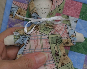 Miniature Cloth Doll and Matching Quilt, Fabric Doll, Doll Quilt