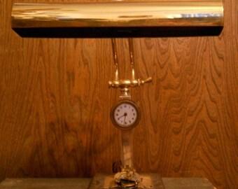 Clockworking Lamp