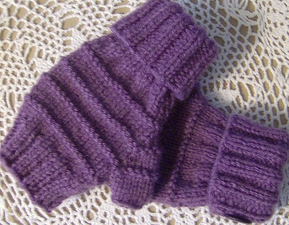 LADY'S FINGERLESS MITTENS WITH CUFF, BUTTONS, HAND KNIT, S-M