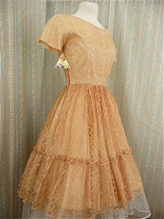 Peach lace party dress size med