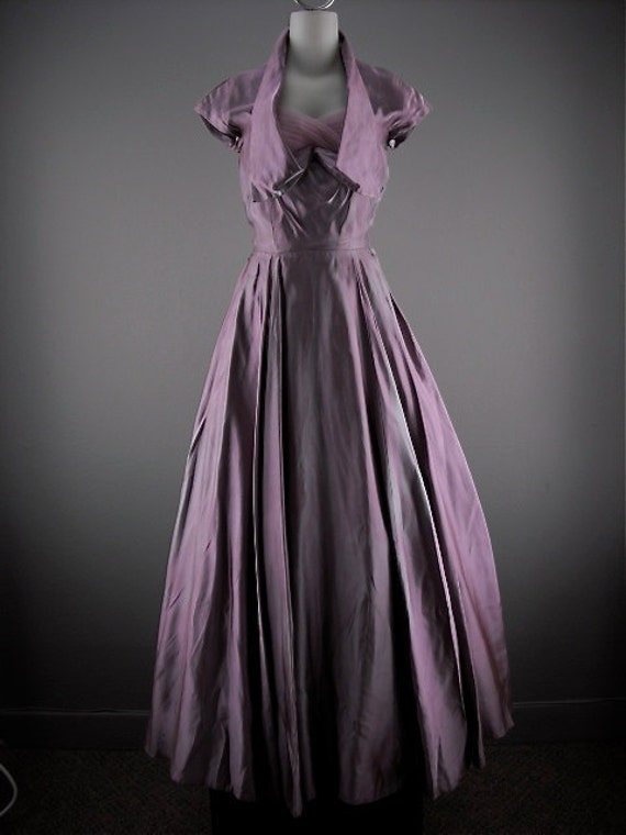 1940s Hollywood Evening Gowns: Stunning 1940s Pale Purple Ball Gown Size X-small 40s