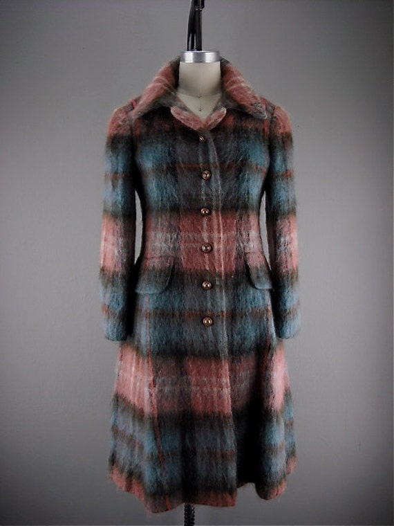 1960s mohair plaid coat / Vintage wool coat /  Fuzzy 60s coat