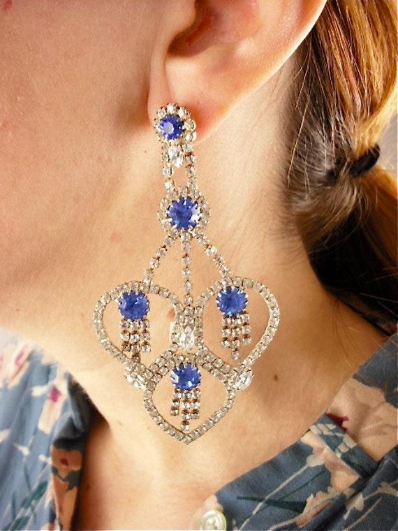 Stunning ocean blue rhinestone earrings / HUGE vintage chandelier earrings
