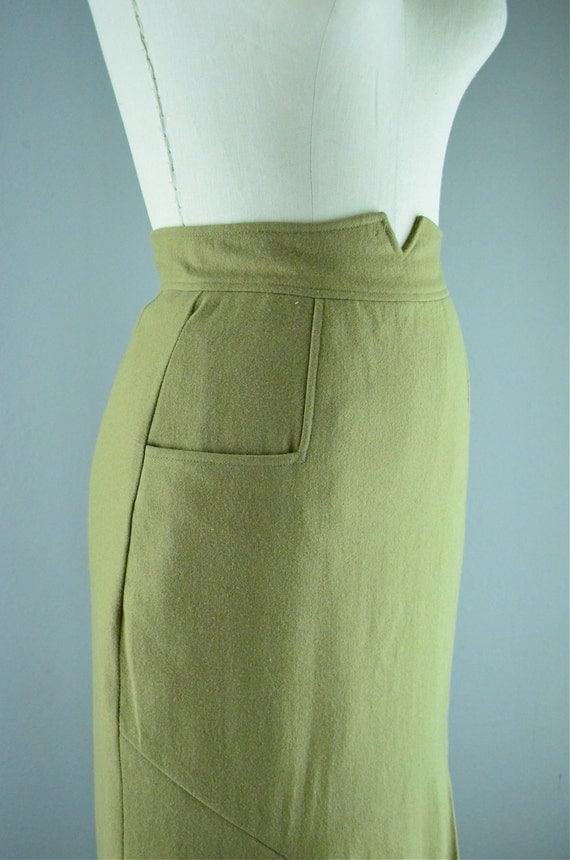 Sexy wool pencil skirt size small tan mermaid camel fitted Wiggle bombshell pockets 80s does the 50s