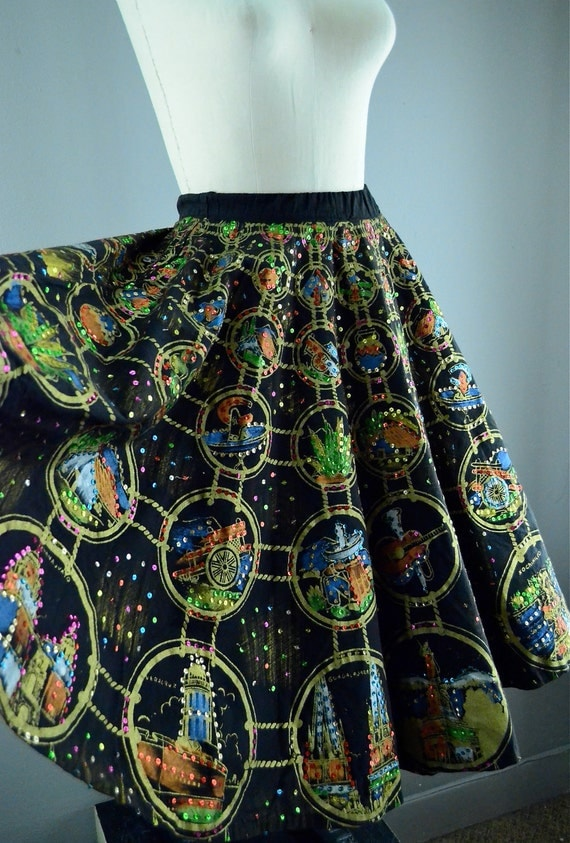 FANTASTIC 1950s hand painted Mexican circle skirt size small / medium Mexico cities 50s Full Skirted Sequins