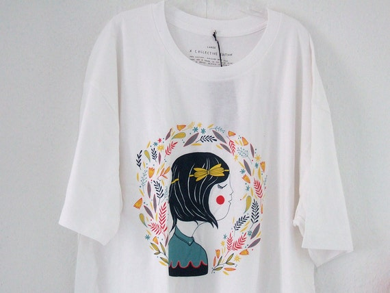 CASSIE - Tshirt with my illustration - Size L