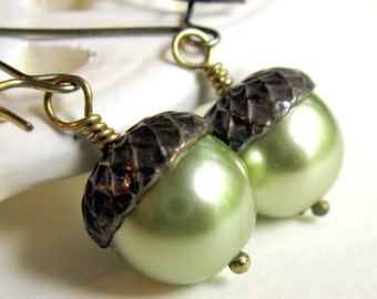 Pearl Acorn Earrings Shabby Chic Cottage Style Mothers Day Outdoor Wedding Garden, Gift for Her Jewelry