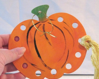 Threadminder orange pumpkin