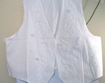 White vest XXXL