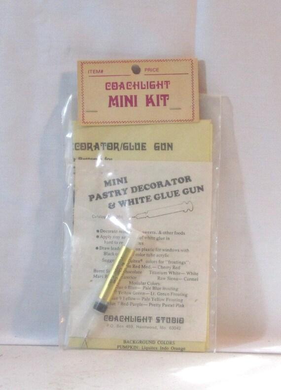 Miniature Decorator glue gun/syringe by Coachlight