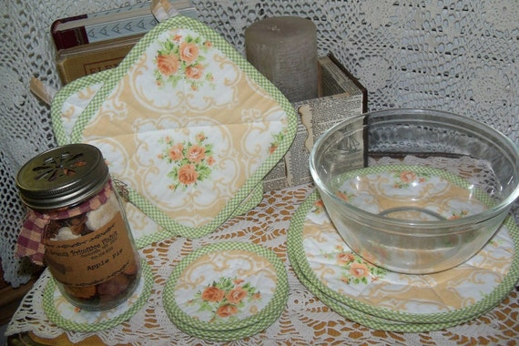 Vintage Cameo Rose Fabric 8 Pc. Kitchen Set sewbuzyb sst