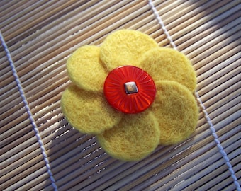 Yellow Felted Flower Pin,  Vintage Button, Flower Brooch, Small Brooch, Yellow Flower,