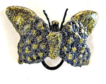 Butterfly Magnetic Eyeglass Holder....