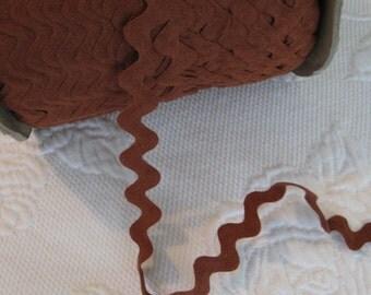 Vintage Cotton Ric Rac - Medium Brown - 5 Yards - 6 Dollars