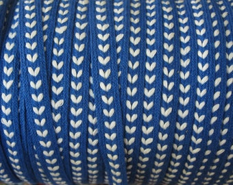 Vintage Blue and White Heart-Like Design Braid - 5 Yards - 6.00 Dollars