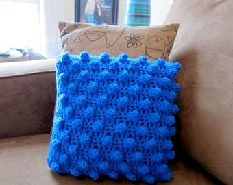 crochet popcorn pillow (royal blue)