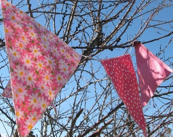 24 Pink Party Pennants