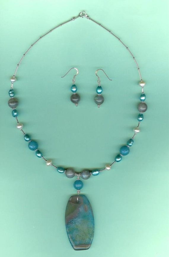 Blue Agate, Aquamarine, Labradorite & Cultured Freshwater Pearls Set